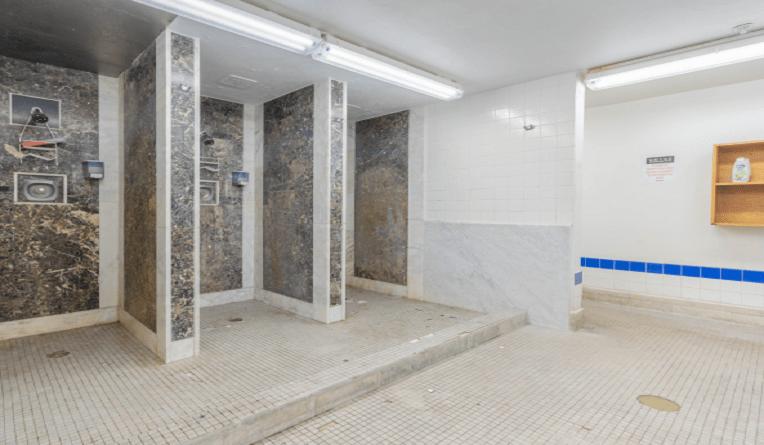 imagenew/virtualRenovation/cover/BathroomRemodel-Before
